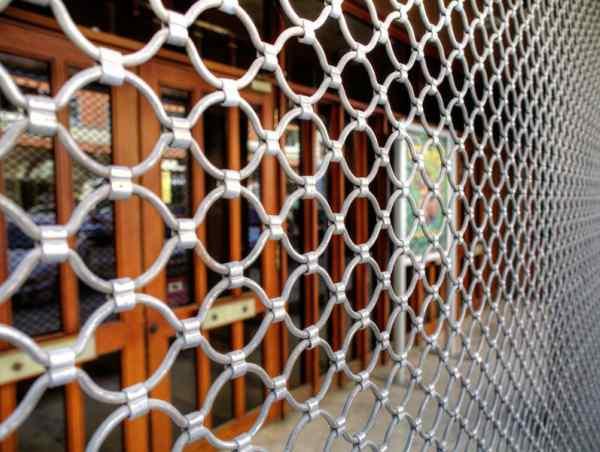 Reparar persianas de local en  Valencia